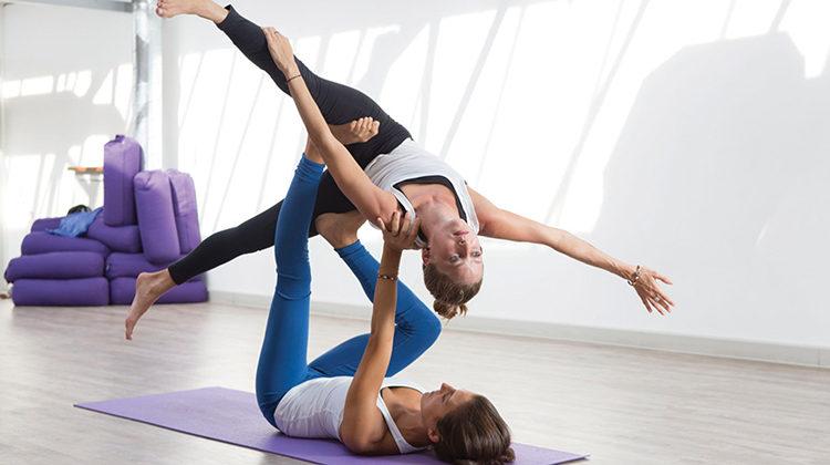 GiJ Acro Yoga