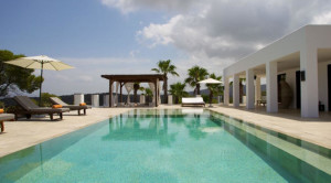 villa-pool-ibiza_600x600